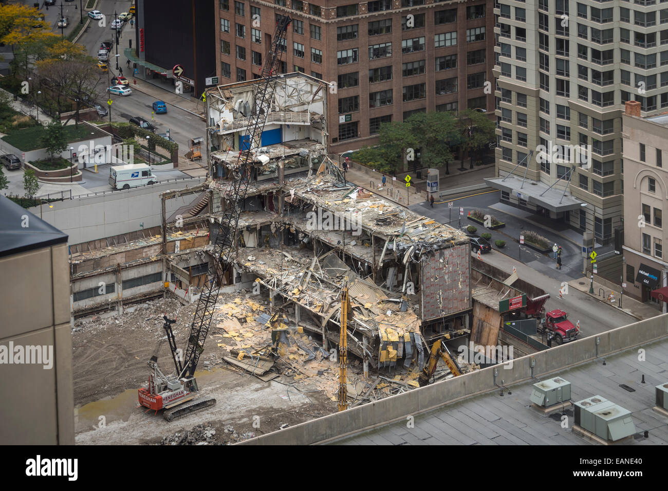 Building Demolition, Chicago USA - Stock Image