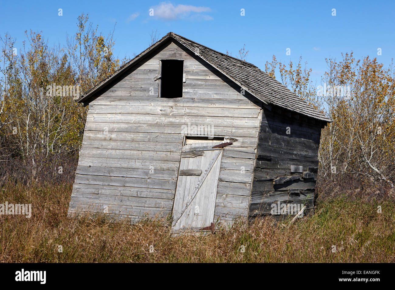 Building Falling Down : Rotting timber stock photos images