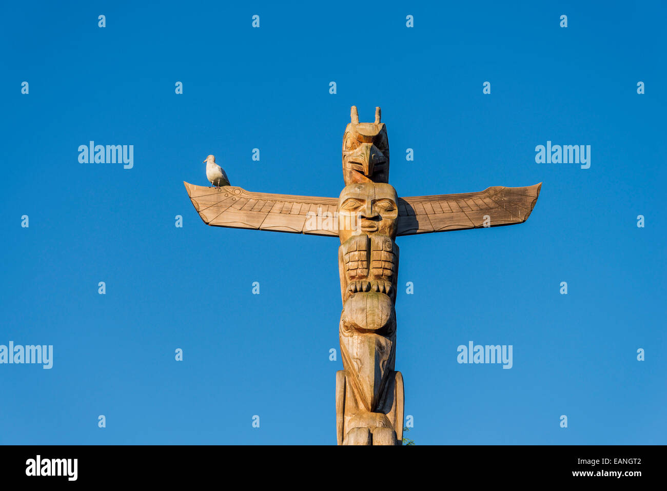 Rose Cole Yelton Memorial totem pole, Stanley Park, Vancouver, British Columbia, Canada, - Stock Image