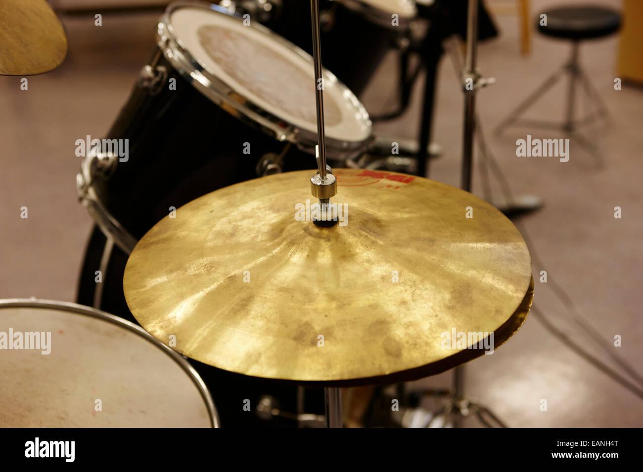 Drum Kit Stock Photos & Drum Kit Stock Images - Alamy
