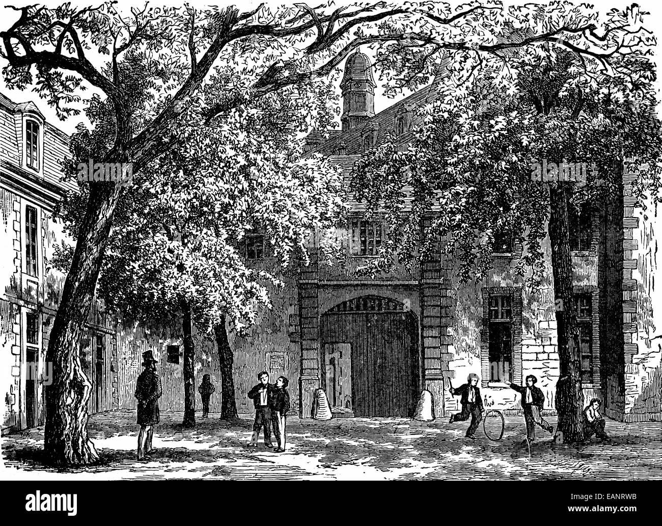 Vendome. Courtyard of the college of Vendome, vintage engraved illustration. Journal des Voyages, Travel Journal, - Stock Image
