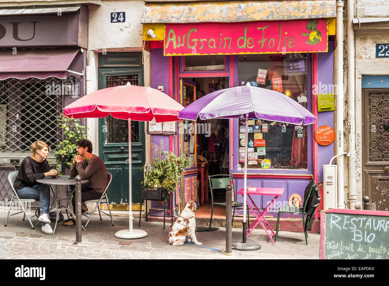 vegetarian restaurant au grain de la folie in the montmartre district - Stock Image