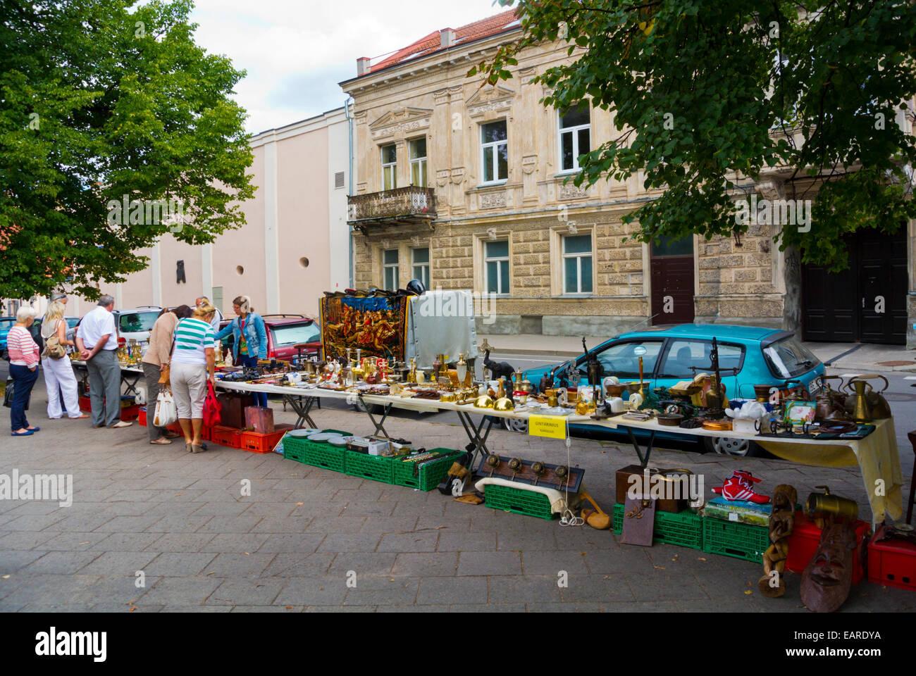 Flea market, Lazdynu Peledos skveras park, old town, Vilnius, Lithuania, Europe - Stock Image