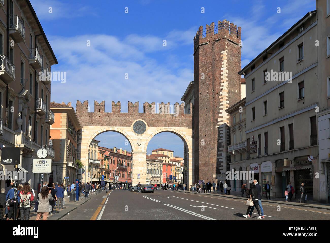 Portoni della Bra, city gateway, Verona, Italy, Veneto. - Stock Image