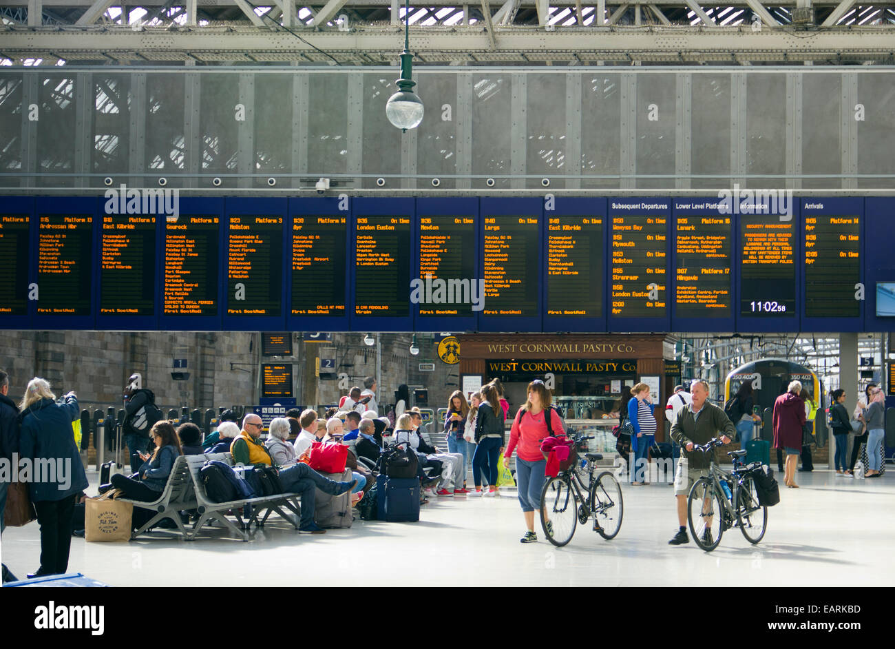 Grand Central Station Concourse Schedule in Glasgow  - Scotland - Stock Image