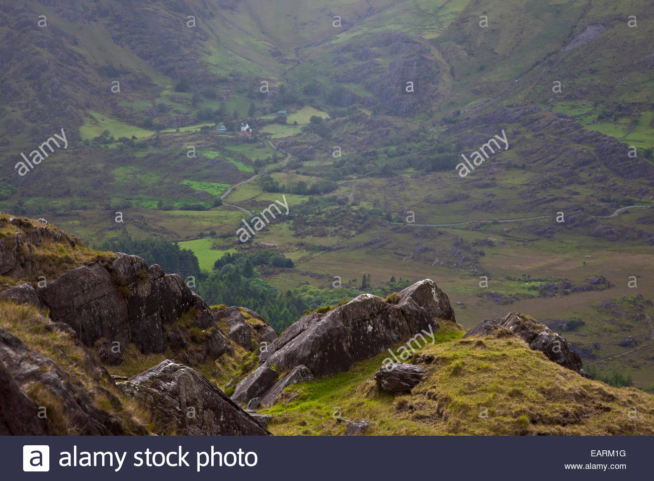 Healy Pass on the Beara Peninsula offers some spectacular scenery. - Stock Image