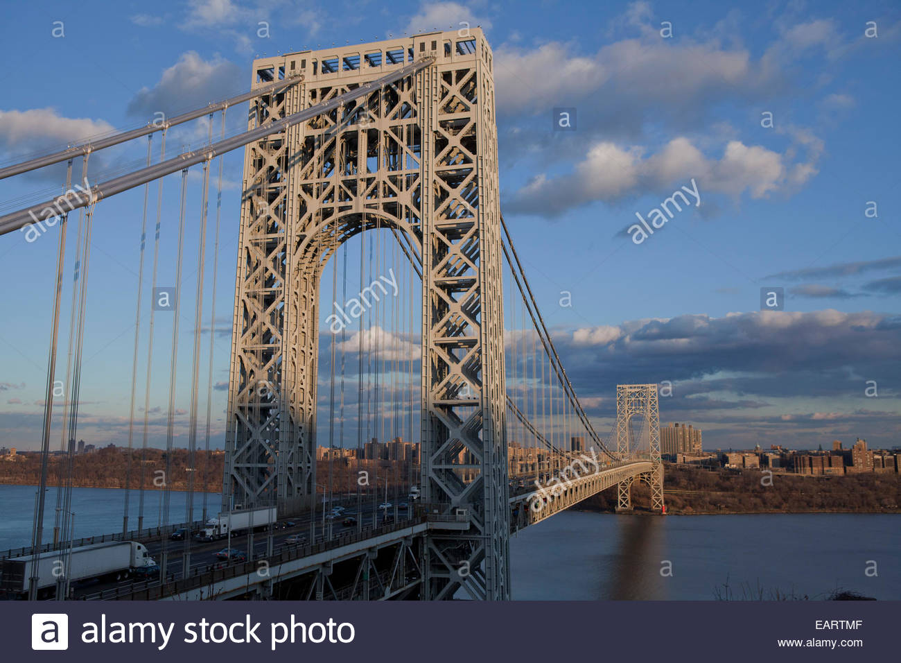 View from Hiking path near GW Bridge in Fort Lee NJ - Stock Image