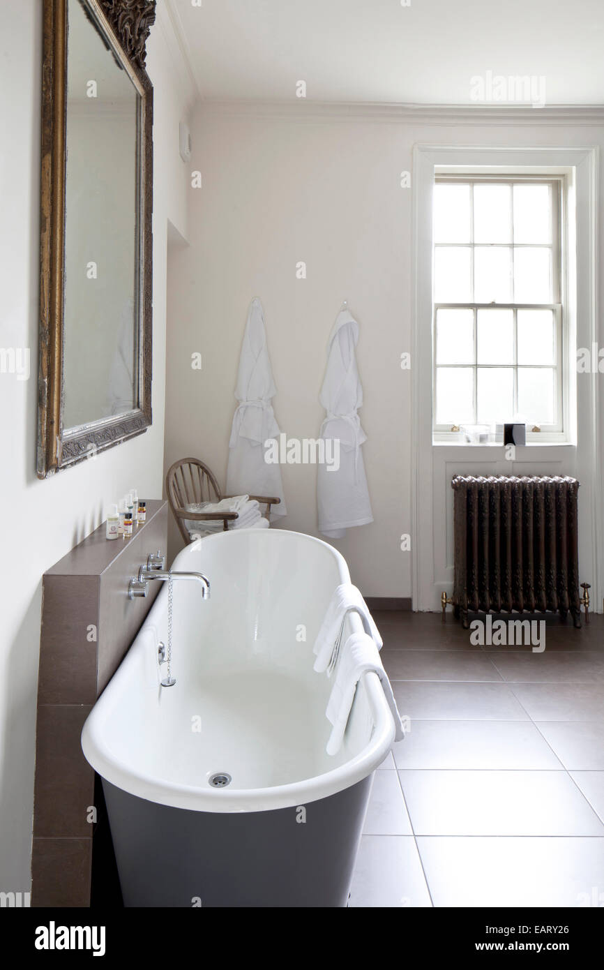 Freestanding roll-top bath in boutique bed and breakfast, The ...