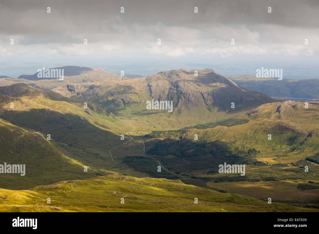 Looking towards peaks on the Ross of Mull from the summit of Ben More on Mull, Scotland, UK. - Stock Image