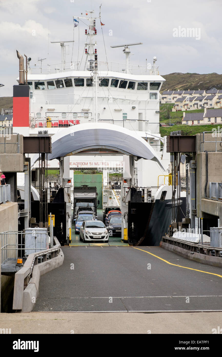 """Cars disembarking from Skye car ferry """"MV Coruisk"""" docked at the terminal in port of Mallaig, Highland, Scotland, Stock Photo"""