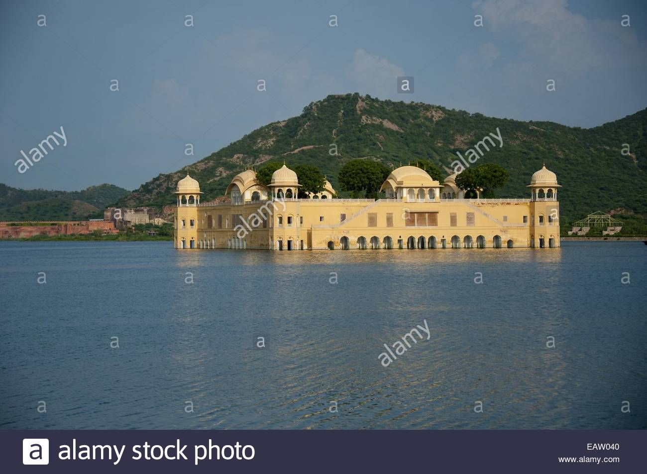 The Lake Palace after monsoon rains. - Stock Image