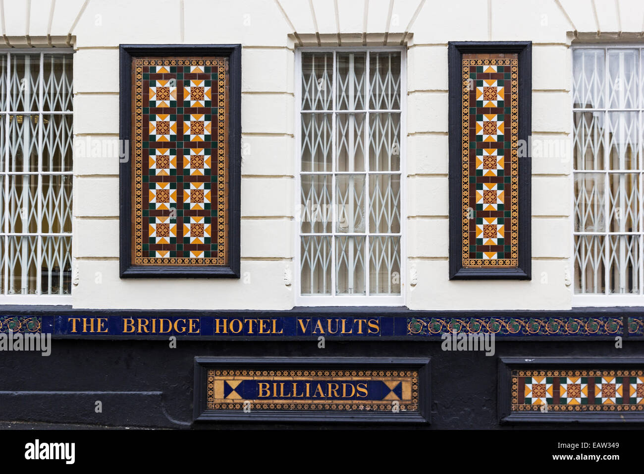Billiards sign and ornate facia of a public house in Sunderland depicting an earlier era. - Stock Image