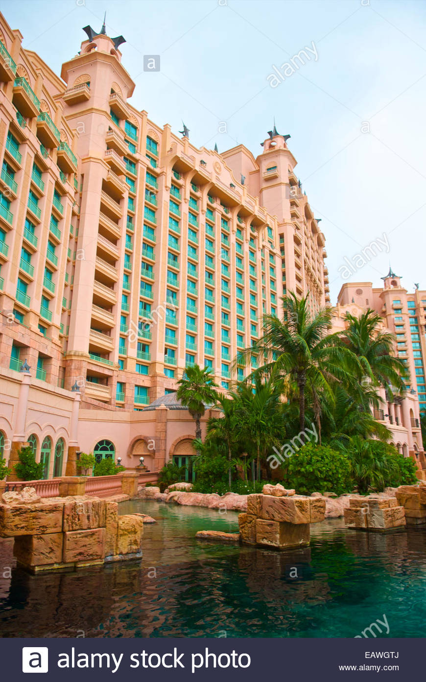 Atlantis Resort, a popular destination for families in the Bahamas. - Stock Image
