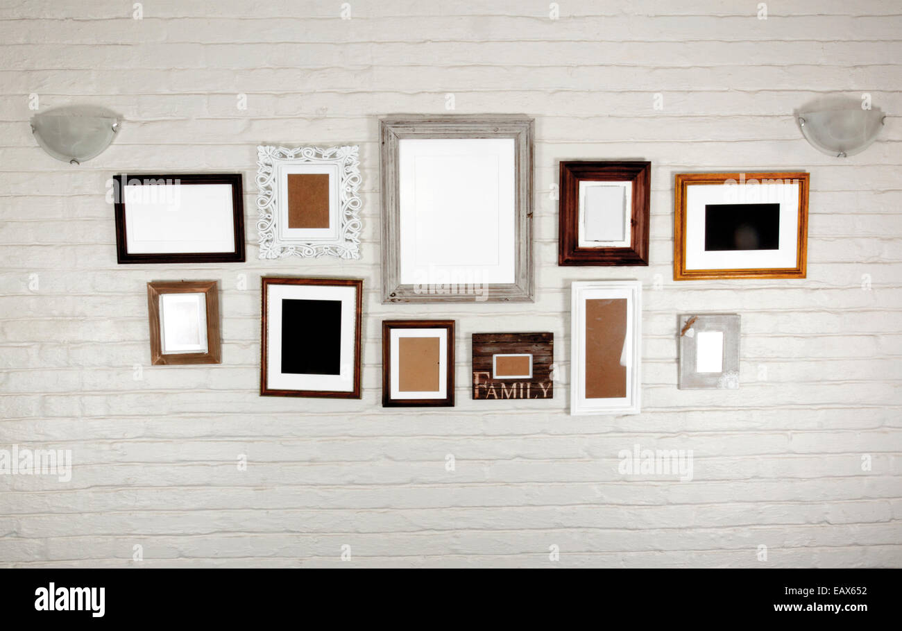 Empty Frames Wall Stock Photos & Empty Frames Wall Stock Images - Alamy