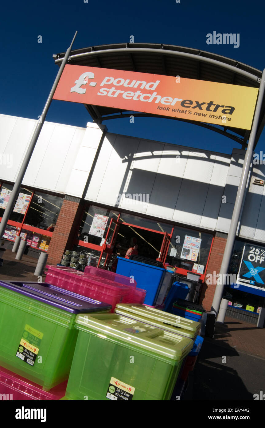 pound stretcher extra pound shop shops budget retail retailers retailing discount discounted - Stock Image & Pound Stretcher Stock Photos u0026 Pound Stretcher Stock Images - Alamy