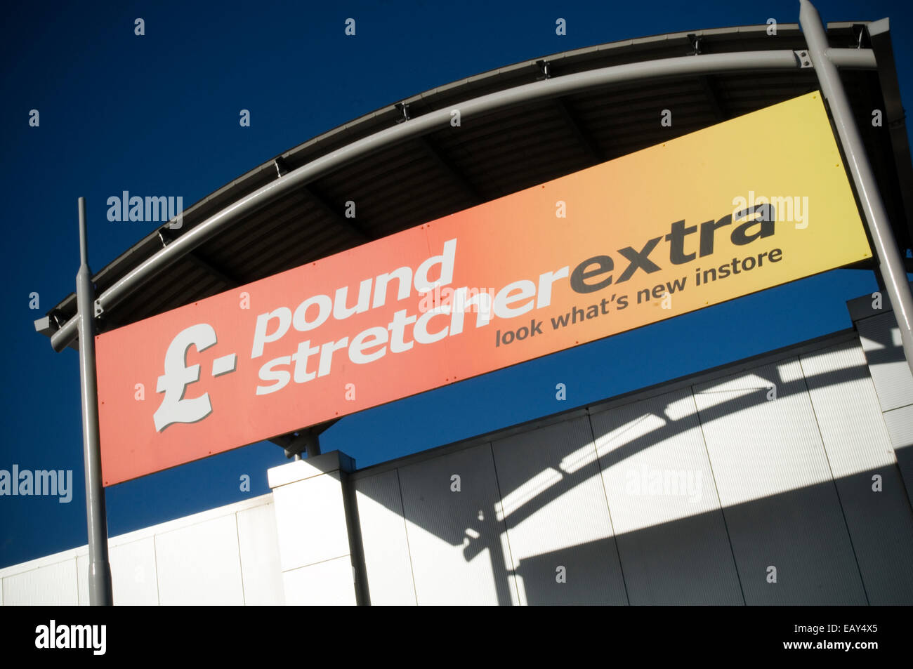 pound stretcher extra pound shop shops budget retail retailers retailing discount discounted - Stock Image
