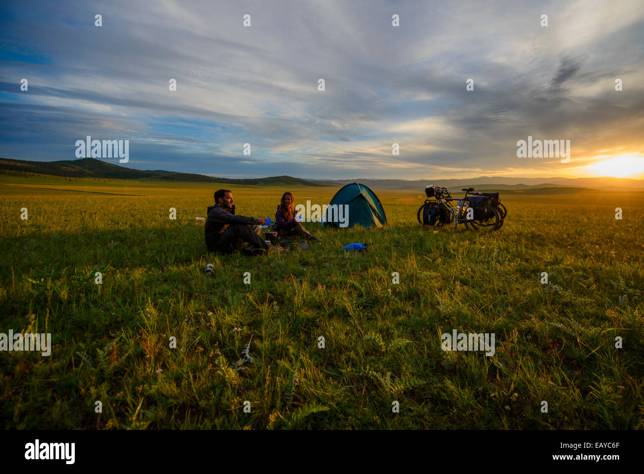 Camping in the Mongolian steppe, Mongolia - Stock Image
