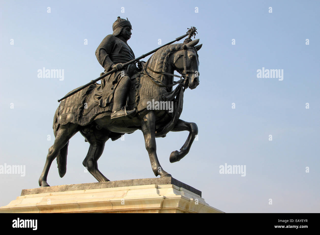 Statue of Maharana Pratap with sword riding on his horse Chetak at Pratap Smarak on Moti Magri Hill in Udaipur, - Stock Image