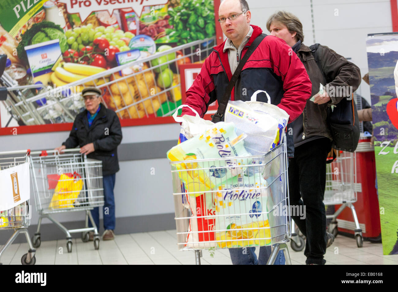 People shopping in the supermarket, Prague, Czech Republic Europe Stock Photo
