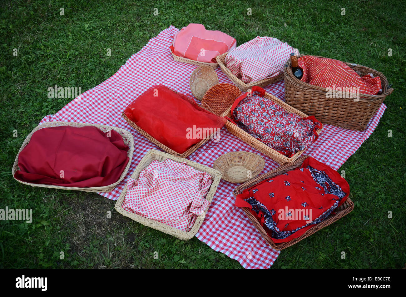 picnic baskets on the lawn - Stock Image
