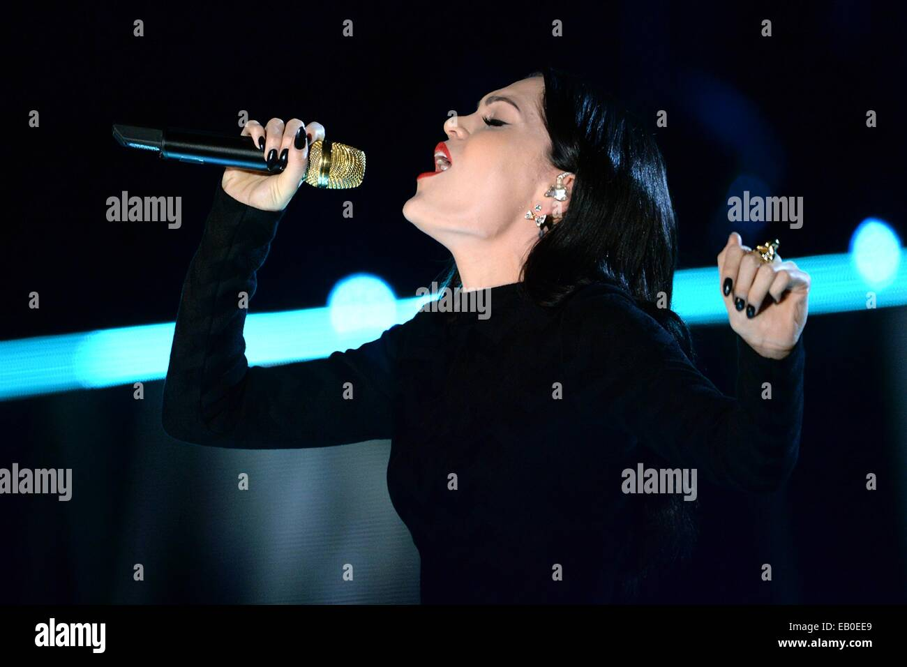 Singer Jessie J. performs during the Concert for Valor November 11, 2014 in Washington, D.C. - Stock Image