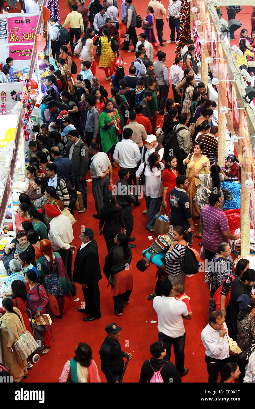 mans, womens, mens, shops, selling, goods, things, in new Delhi, India. - Stock Image