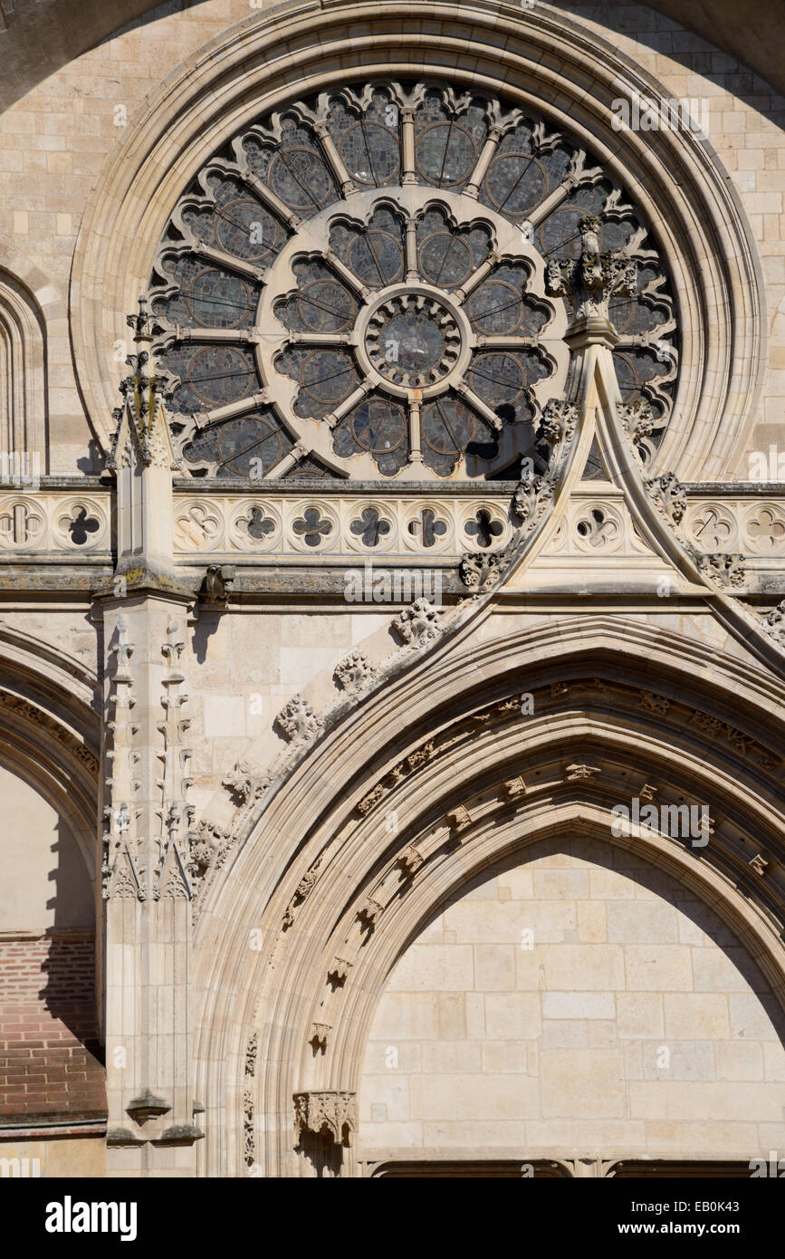 Gothic Rose Window Details On West Facade Of Saint Etienne Cathedral C13 17th Toulouse France