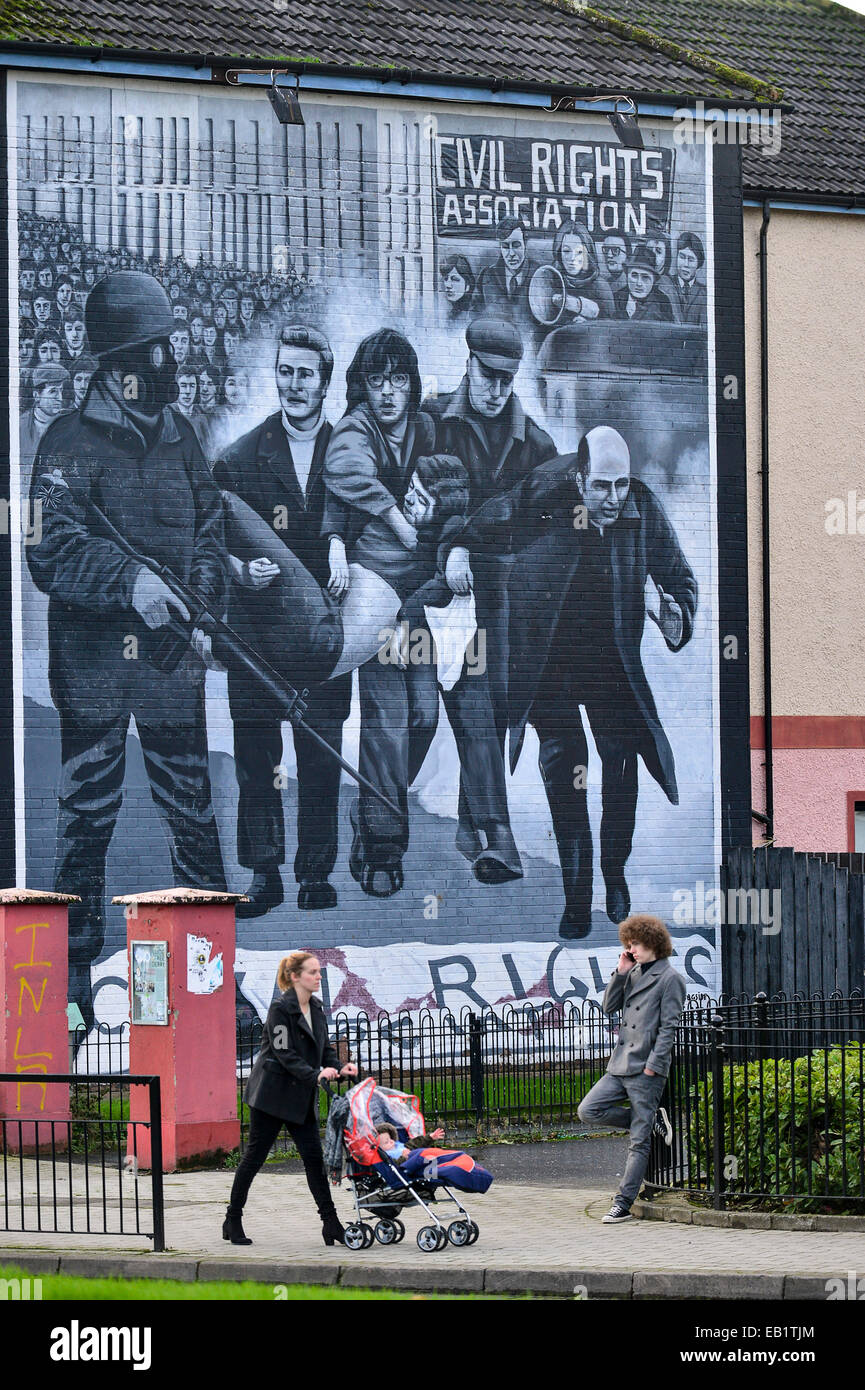 Bloody Sunday Mural, Bogside, Derry, Londonderry, Northern Ireland. Photo: George Sweeney/Alamy - Stock Image