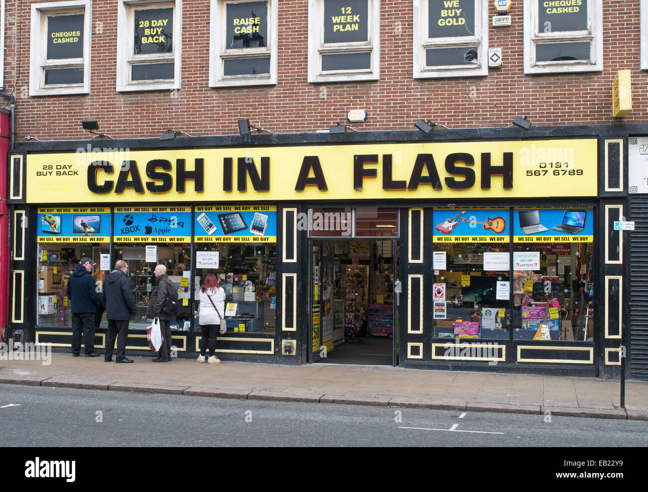Cash in a Flash second hand and pawn shop in Sunderland, north east England, UK - Stock Image