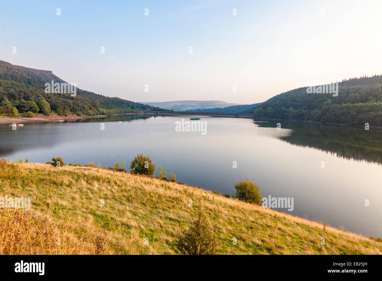Looking south across Ladybower Reservoir towards the dam, Derbyshire, Peak District National Park, England, UK - Stock Image