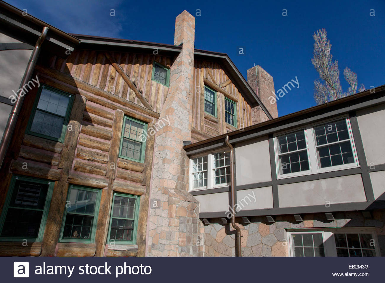 The historic Fuller Lodge, built in 1928 as a dining hall and masters' quarters, it was designed by John Gaw - Stock Image