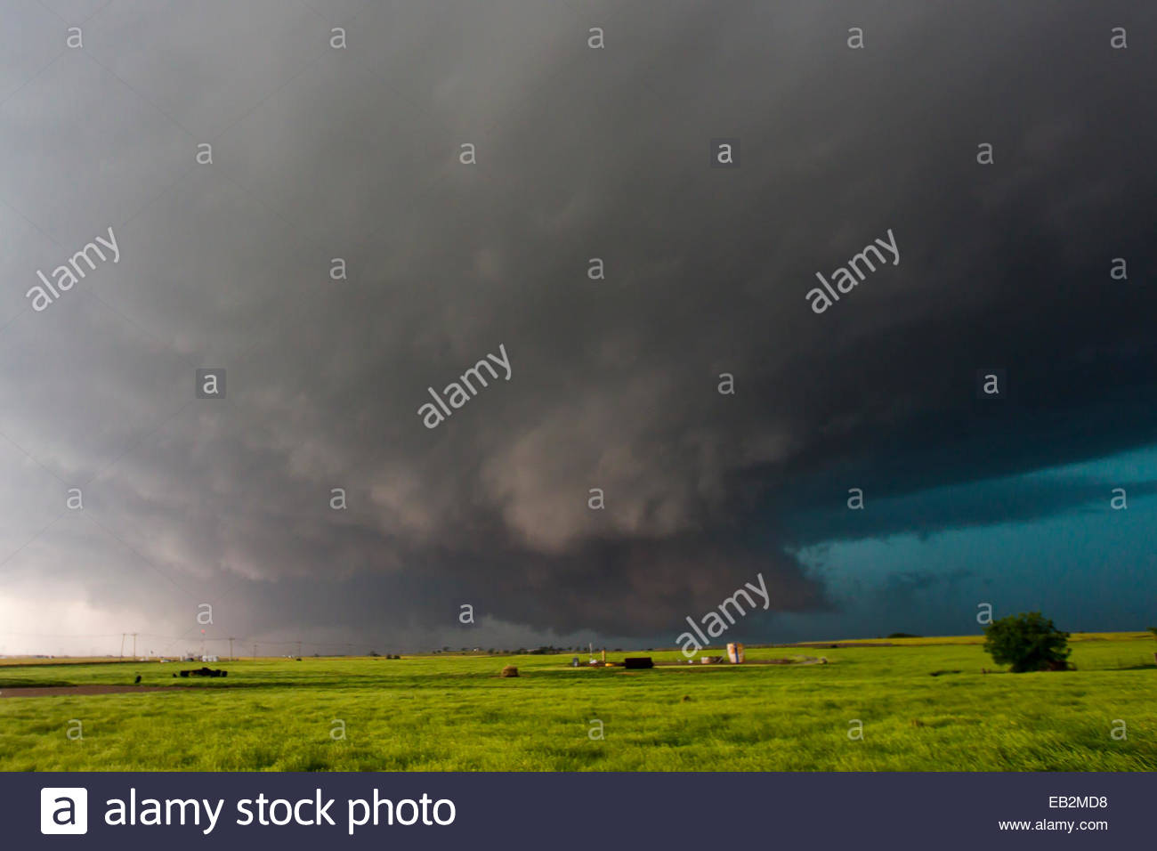 The historic large, dark, mean and deadly wallcloud that produced the largest tornado in history. The tornado was - Stock Image
