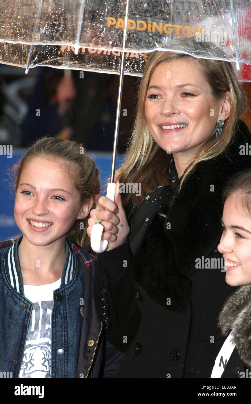 Kate Moss and daughter Lila Grace Moss arriving for the Paddington film premiere, at Odeon Leicester Square, London. - Stock Image