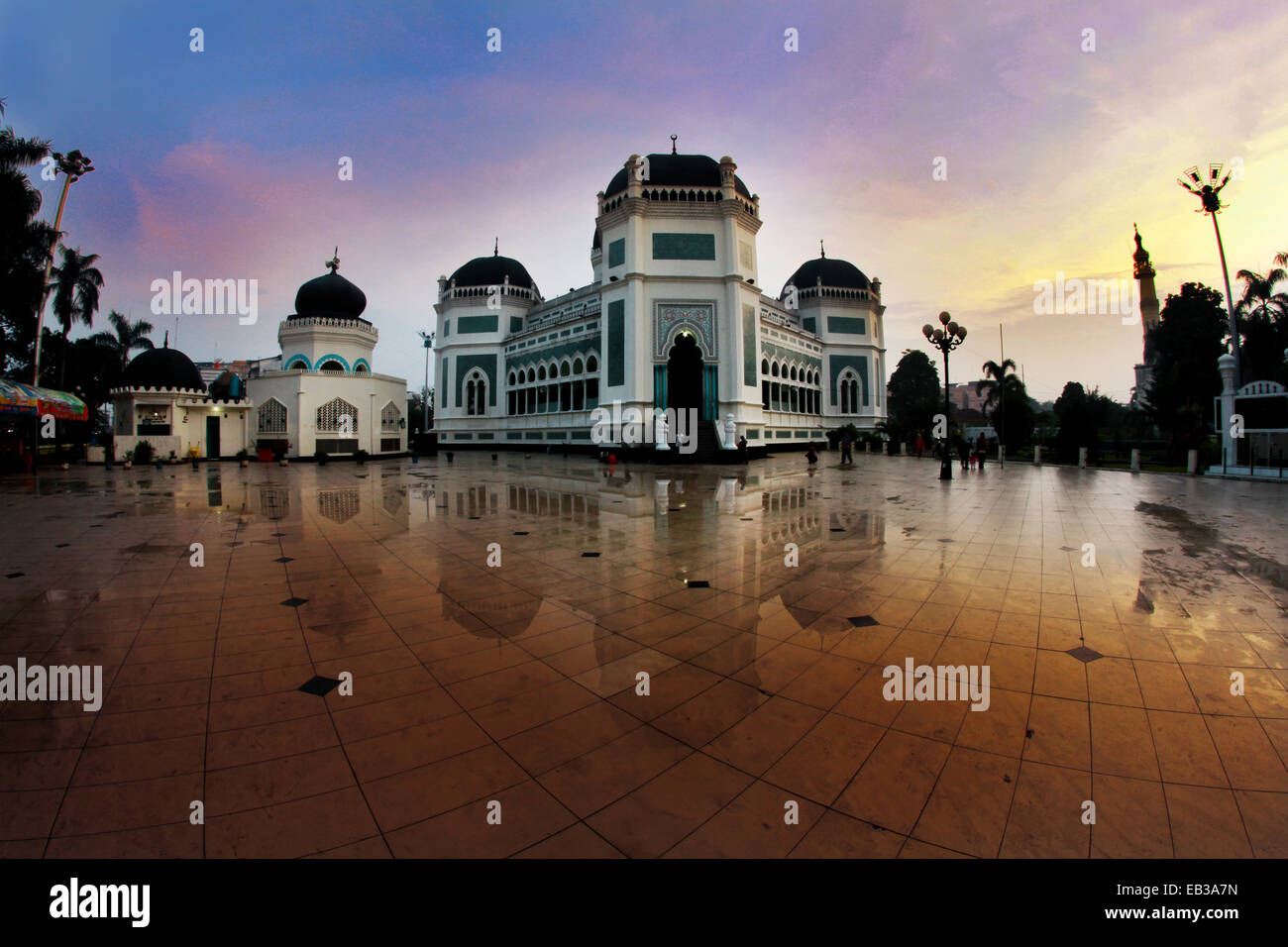 View of mosque in town square - Stock Image