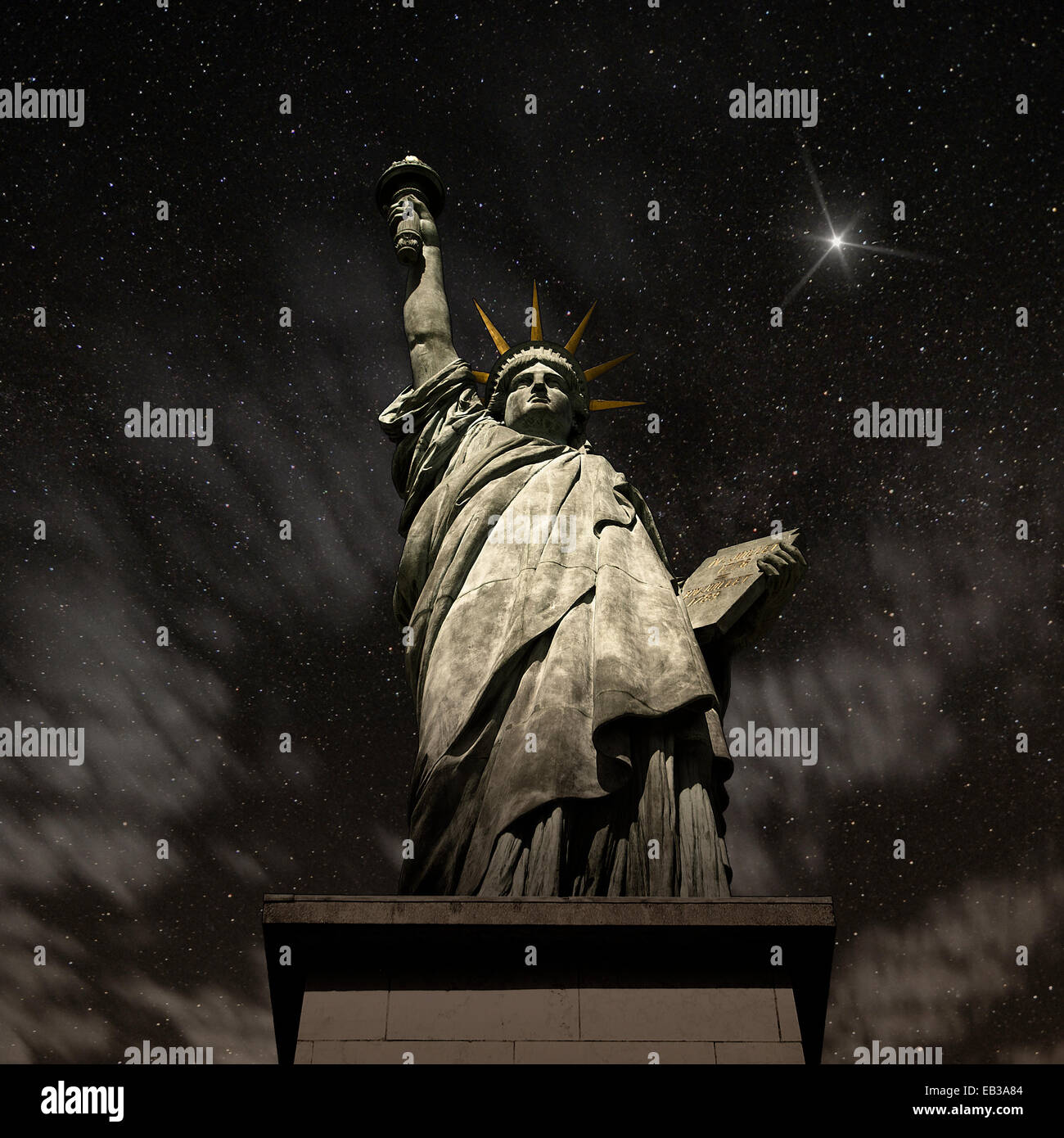 USA, New York State, New York, Statue of Liberty at night - Stock Image