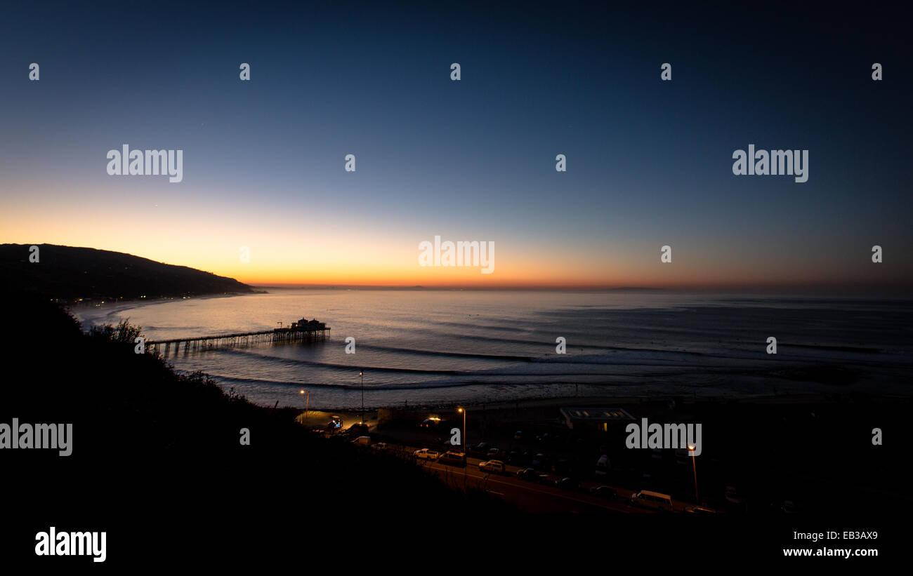 USA, California, Los Angeles County, Malibu, Coastline at dawn - Stock Image