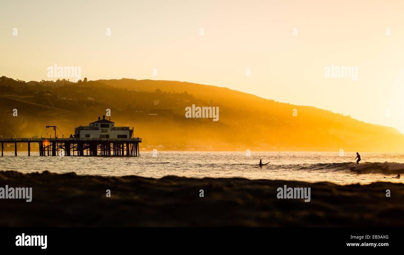 USA, California, Los Angeles County, Malibu, Pier at sunrise - Stock Image