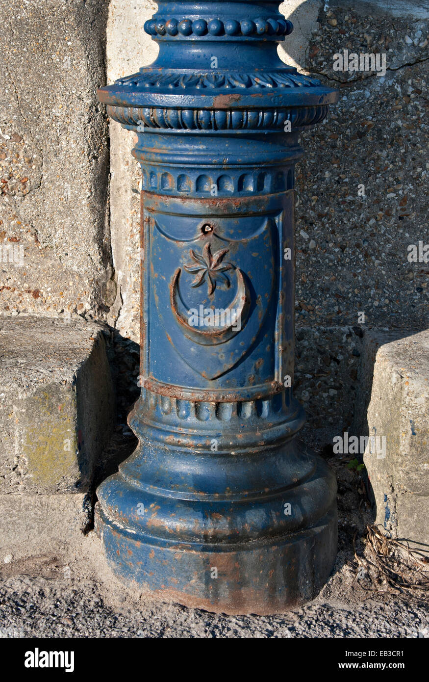 Lamp post base with City of Portsmouth coat of arms on Southsea seafront Stock Photo