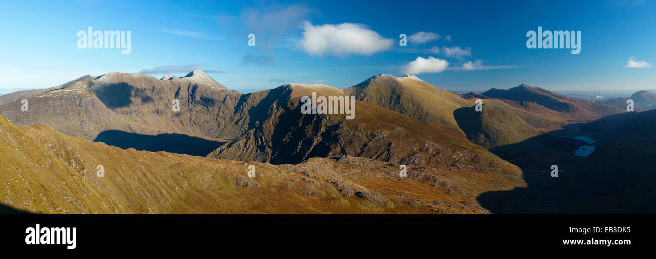 View of Carrauntoohil and the Macgillycuddy's Reeks from Stumpa Duloigh. Black Valley, County Kerry, Ireland. Stock Photo