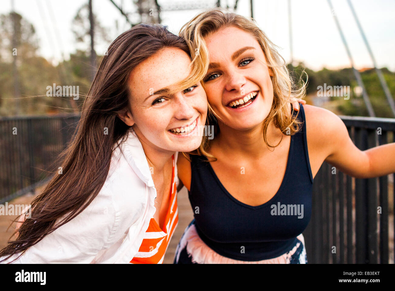 Girls geile teenager Alexis Bledel