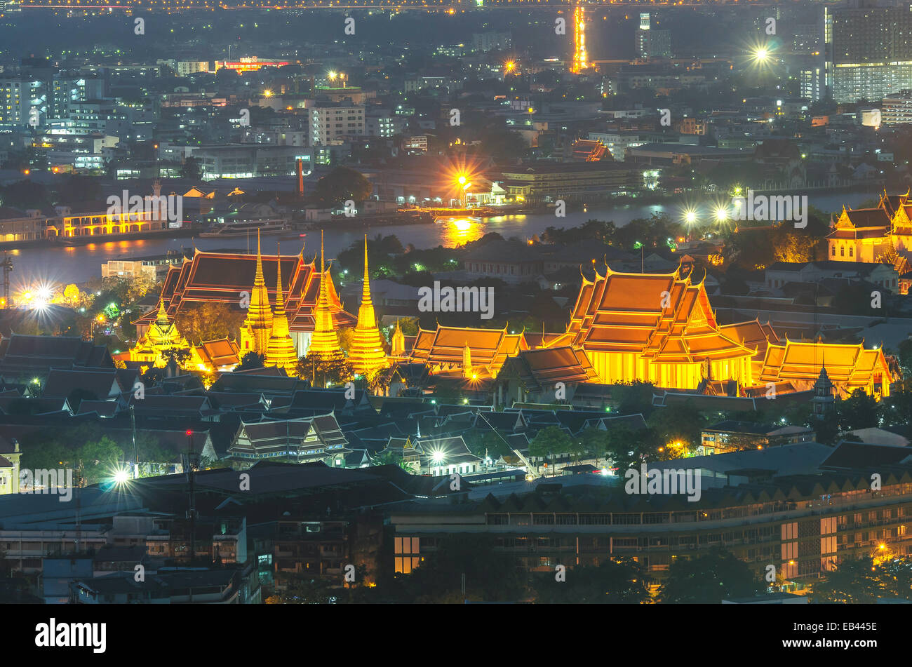Wat Pho temple at twilight, Bangkok, Thailand - Stock Image