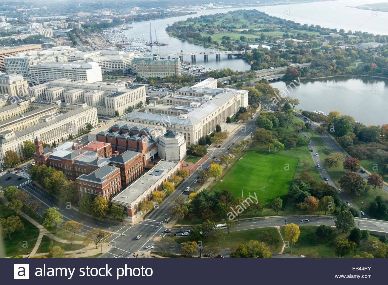 Aerial view of southwest washington dc including the holocaust