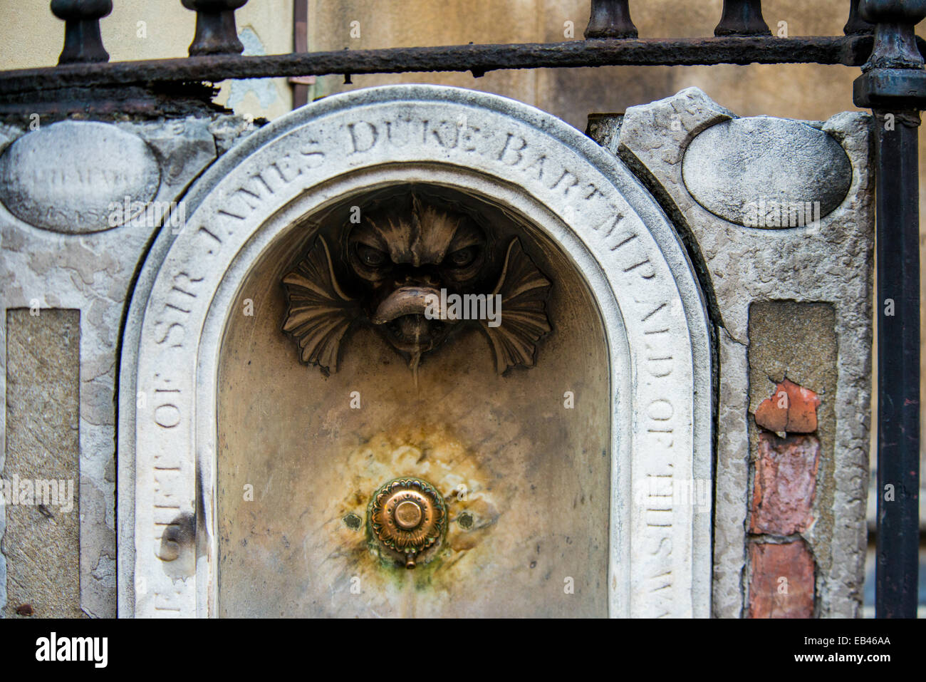 Water fountain, St Dunstan's in the West, 1848. Inscription: The gift of Sir James Duke Bart MP, ald. of this - Stock Image