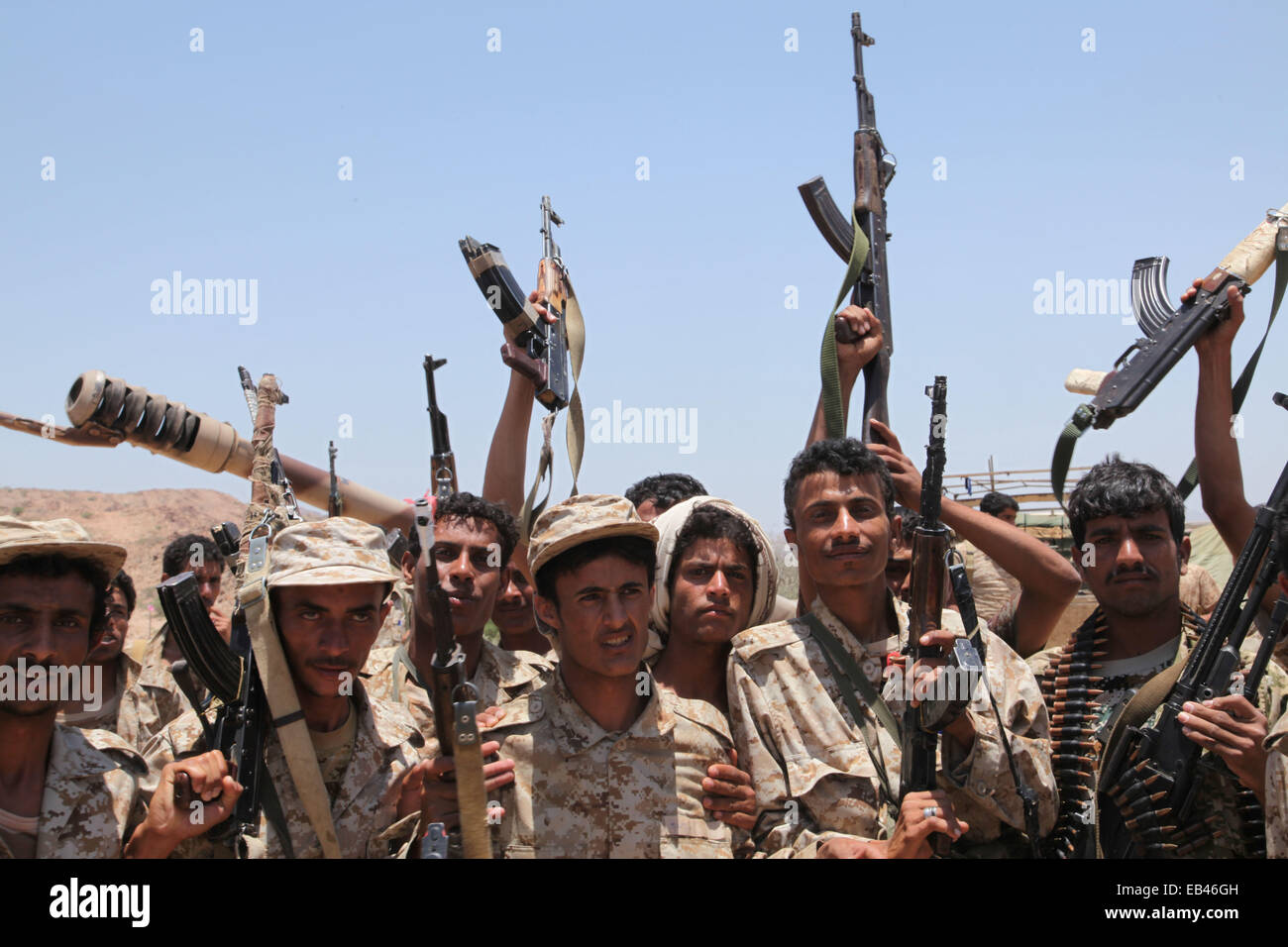 Aleppo, Syria. 9th May, 2014. Soldiers from the Yemeni army on the front line fighting against Al-Qaeda in Aleppo. - Stock Image