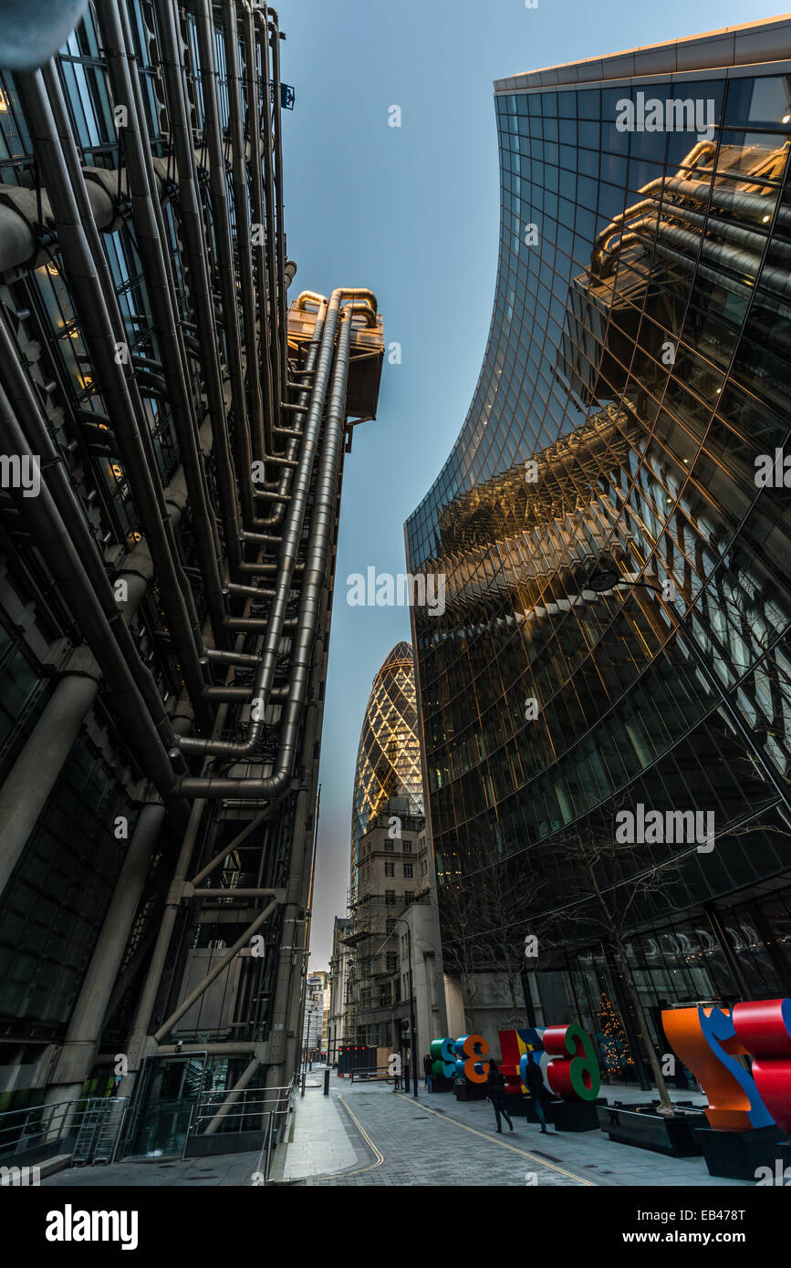 Lloyd's of London and the Willis Building, the home of insurance business in the City of London - Stock Image
