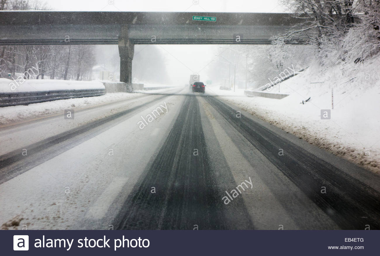 A February snowstorm dumped up to nine inches of snow along Interstate 83 just south of York, Pennsylvania. - Stock Image
