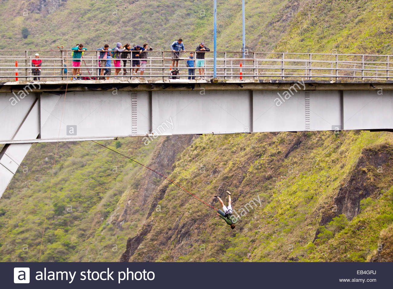 Bungee Jumping Off Bridge In Stock Photos & Bungee Jumping