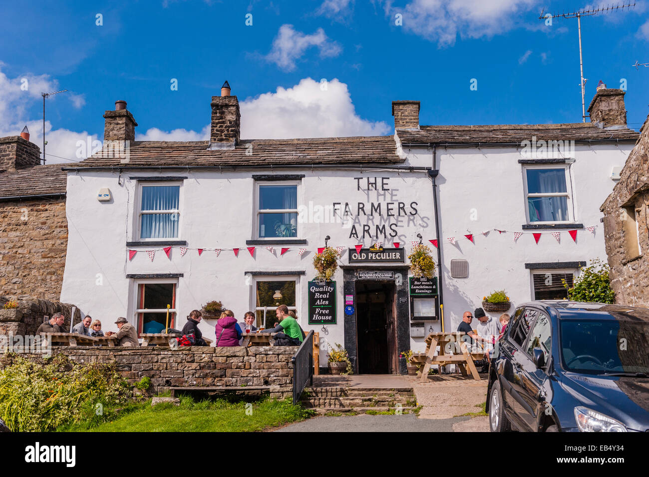 The Farmers Arms pub at Muker , Swaledale ,  in the Yorkshire Dales in Yorkshire , England , Britain , Uk - Stock Image