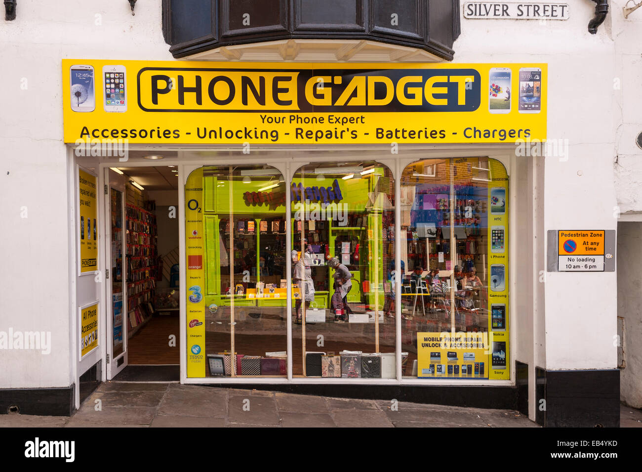 The Phone Gadget shop store in Durham , England , Britain , Uk - Stock Image