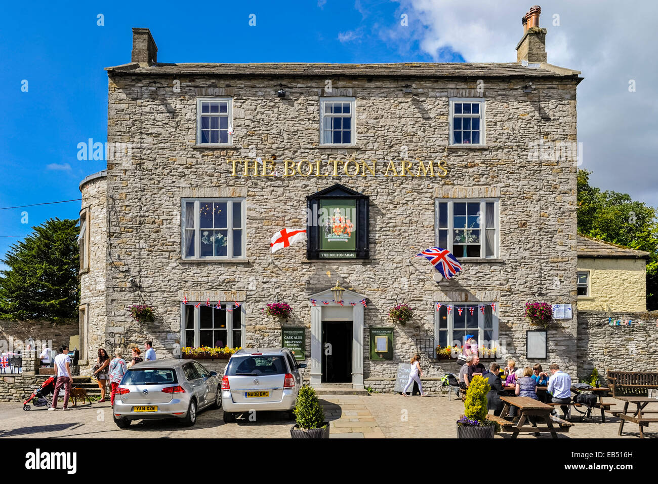 The Bolton Arms pub at Leyburn in the Yorkshire Dales in Yorkshire , England , Britain , Uk - Stock Image